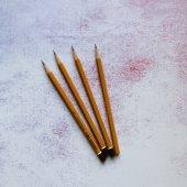 Простой карандаш HB,2B и белый карандаш