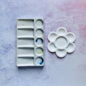 Палитра керамическая или белая фарфоровая тарелочка